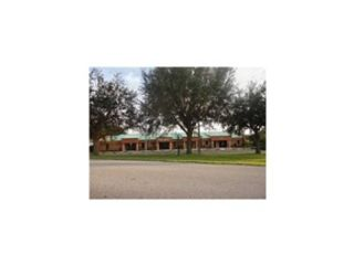 Studio,  6.00 BTH  Commercial style home in Zephyrhills