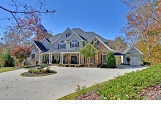 5 BR,  4.50 BTH  Traditional style home in Braselton
