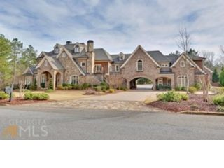 7 BR,  9.50 BTH Traditional style home in Braselton