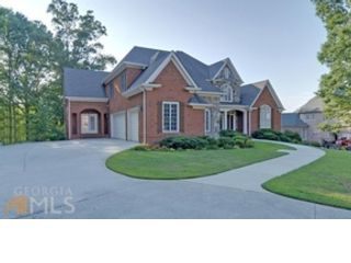 6 BR,  4.50 BTH  Single family style home in Braselton