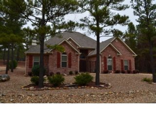 4 BR,  3.00 BTH Single family style home in Hot Springs Village