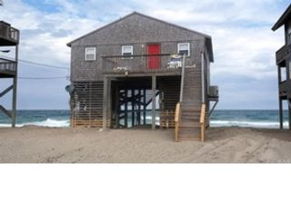 4 BR,  2.00 BTH  Single family style home in Rodanthe