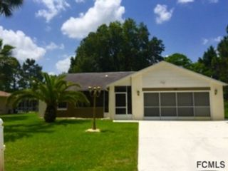 3 BR,  2.50 BTH Single family style home in Sutton