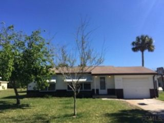 2 BR,  1.50 BTH Single family style home in Dudley