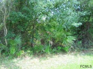 3 BR,  3.00 BTH Single family style home in Yulee