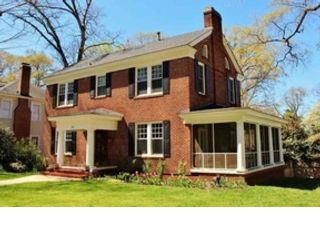 3 BR,  3.50 BTH Single family style home in Pittsboro