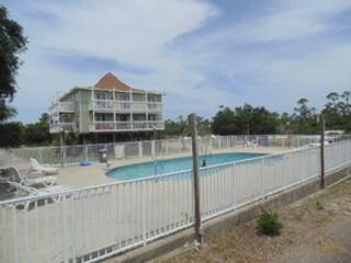 5 BR,  4.50 BTH  Single family style home in Gulf Shores