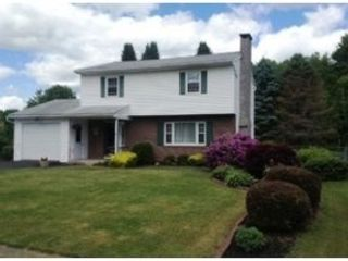 4 BR,  2.00 BTH Single family style home in Oxford