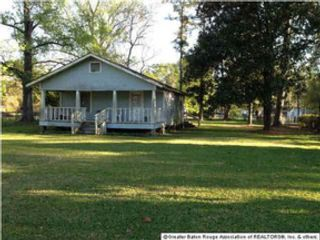 3 BR,  1.50 BTH Single family style home in Oxford