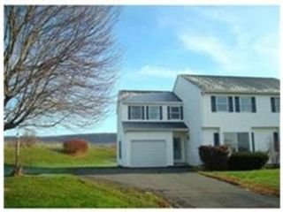 4 BR,  2.50 BTH Colonial style home in Franklin Lakes