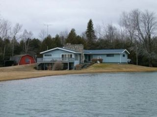 2 BR,  3.00 BTH Single family style home in Gladwin