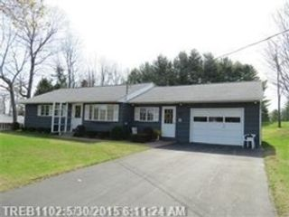 5 BR,  4.50 BTH Colonial style home in Readfield