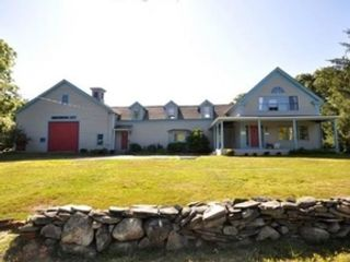 4 BR,  2.00 BTH Single family style home in Worcester
