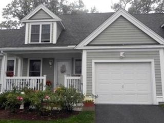 5 BR,  4.50 BTH Tri level style home in Jay
