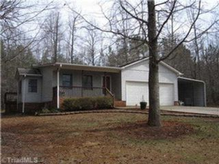 3 BR,  1.00 BTH Single family style home in Stafford Springs