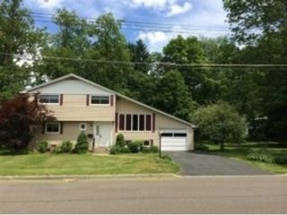 3 BR,  1.00 BTH Ranch style home in Harrison