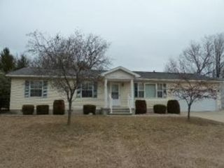 3 BR,  3.00 BTH Single family style home in Alpena