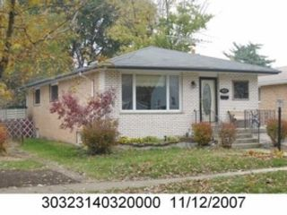 5 BR,  3.00 BTH Multi-family style home in Manchester