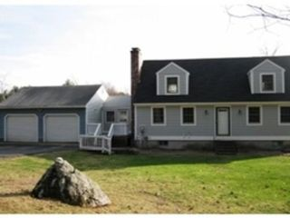 10 BR,  2.50 BTH Single family style home in Lancaster