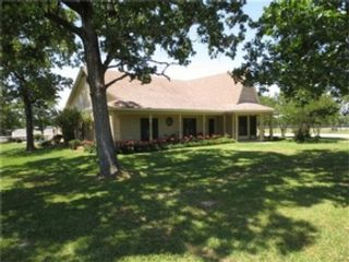 2 BR,  0.00 BTH Single family style home in Pelican Rapids