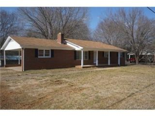 Studio,  0.00 BTH Single family style home in Knoxville