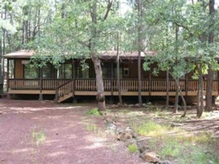 3 BR,  2.00 BTH Single family style home in Pinetop