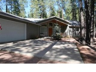 4 BR,  4.00 BTH Single family style home in Lakeside