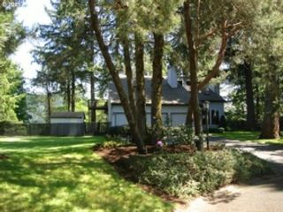 3 BR,  2.00 BTH Contemporary style home in Falls Village