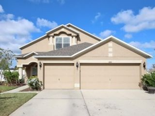 4 BR,  3.00 BTH Single family style home in Tampa