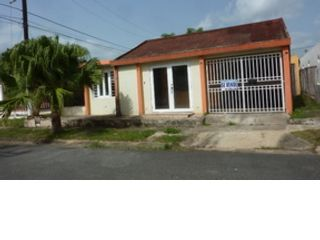 4 BR,  2.00 BTH  Single family style home in Gurabo