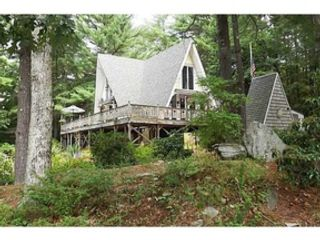 5 BR,  2.00 BTH Single family style home in Burrillville