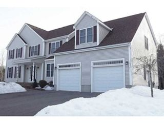 3 BR,  1.00 BTH Single family style home in Warwick