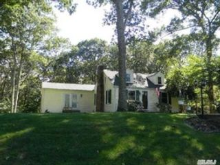 3 BR,  3.50 BTH Single family style home in Batavia