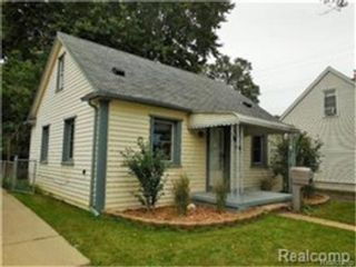 3 BR,  3.00 BTH Single family style home in Venice