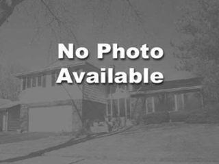 4 BR,  2.50 BTH Colonial style home in Glen Ellyn