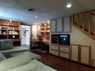 5 BR,  3.50 BTH Single family style home in Canton