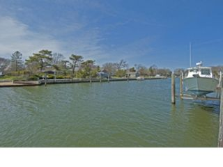 2 BR,  1.00 BTH Single family style home in Pointe Aux Pins
