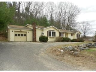 3 BR,  2.50 BTH Single family style home in Jarreau