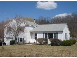 3 BR,  2.00 BTH Farm house style home in Amherst