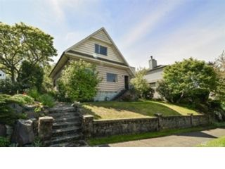 3 BR,  1.00 BTH Cape cod style home in Seattle