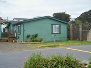 3 BR,  2.00 BTH  Cape cod style home in Seattle