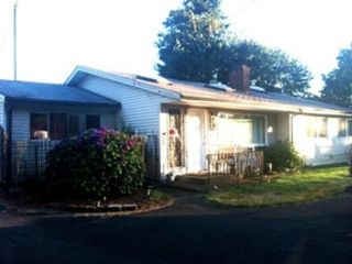 4 BR,  2.50 BTH  Single family style home in Tacoma