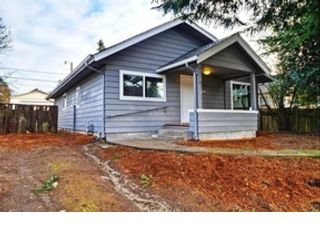 4 BR,  2.50 BTH  Cape cod style home in Puyallup