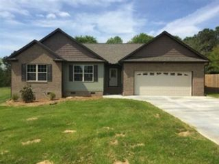 5 BR,  4.50 BTH  Traditional style home in Marietta