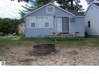 4 BR,  3.00 BTH Single family style home in Tawas City