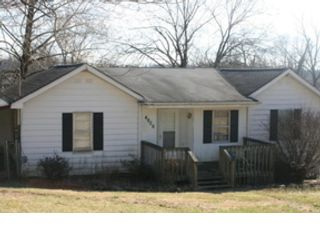 3 BR,  2.00 BTH  Single family style home in Kinston