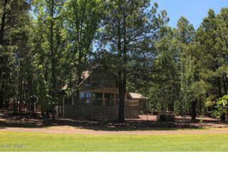 3 BR,  3.00 BTH  Single family style home in Pinetop