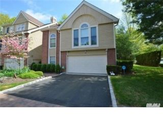 5 BR,  3.00 BTH Ranch style home in Northport