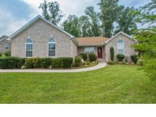 3 BR,  2.50 BTH Single family style home in Knoxville