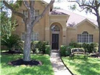 4 BR,  2.50 BTH Single family style home in Plymouth
